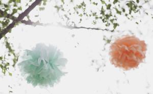 DIY-Hochzeit mit Boho-Elementen. Wie aus Eigenheiten etwas Besonderes wird. Neu im Papier Direkt Blog unter blog.papierdirekt.de PapierPompoms. copyright: Thomas Epping