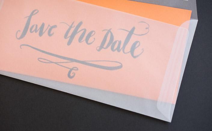 Heute stellen wir im Papier Direkt Blog die Papiersorte Trophée Pastell von Clairefontaine vor. Ein tolles Druckpapier in sanften Farben und mit vielen Kombinationsmöglichkeiten. Save the Date Einladung in transparenter Briefhülle. Jetzt auf blog.papierdirekt.de