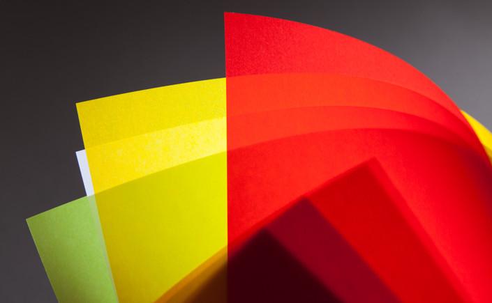 im Papier Direkt Blog zeigen wir, wie schön Windlichter aus Transparentpapier sein können. Entdecken Sie Ideen für die eigene Nutzung auf blog.papierdirekt.de