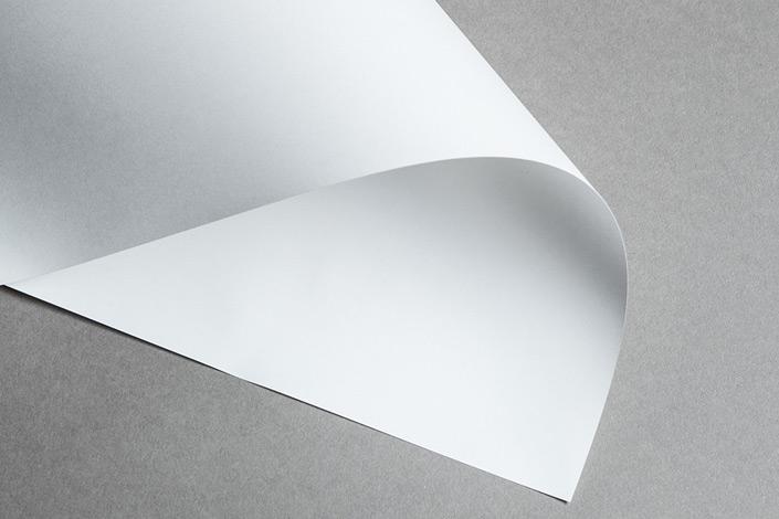Das richtige Künstlerpapier finden zu können, kann über das Gelingen eines Werkes mitentscheiden. Wir zeigen Ihnen auf blog.papierdirekt.de das richtige Papier für 6 Maltechniken.