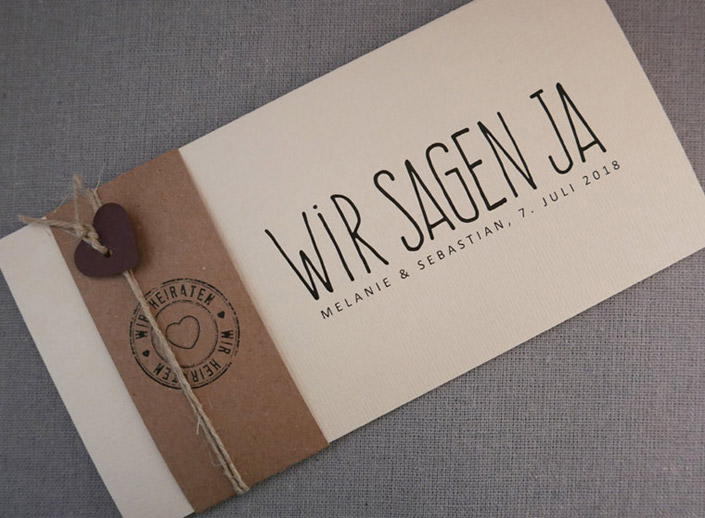 Papierdirekt-Aylando-Hochzeitskarte-Felina-elfenbeinKraftpapier