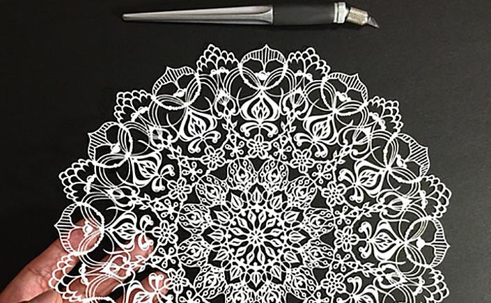papercuts-mr-riu-papier-direkt-titel