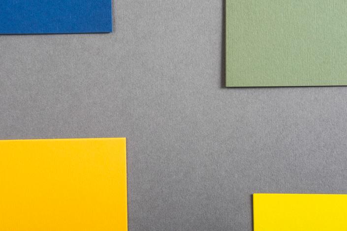 Unsere Colorplan Hüllen bekommen Verstärkung. Alle 51 Farben stehen bald in den Formaten DIN A4 und DIN 3 zur Verfügung. Hier alle Infos zum Zuwachs.