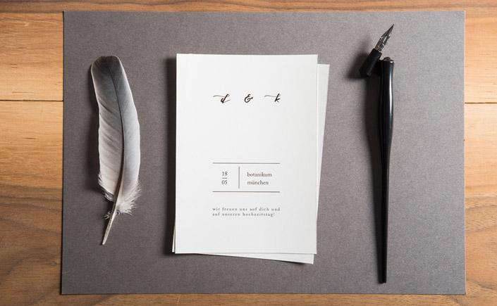Reduziert aufs Maximum. Wir zeigen Ihnen heute die inspirierende Arbeit von sieben Gestaltern, die minimale Papeterie auf Instagram perfekt in Szene setzen.