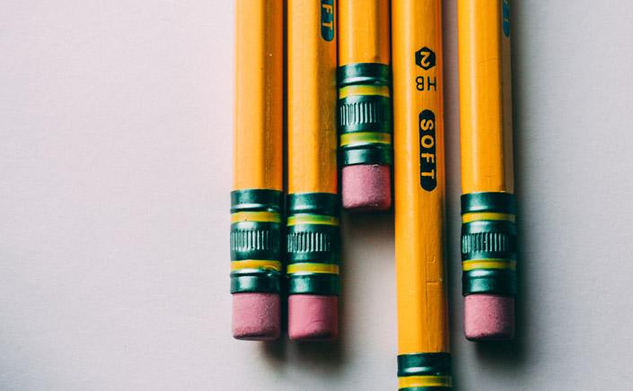 Caroline Weaver, Inhaberin eines Bleistiftladens in New York, zeigt uns in einem inspirierenden TED-Talk Video, warum der Bleistift perfekt ist, wie er ist.