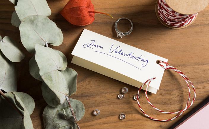 Welche Rolle spielt der Valentinstag für Ihr Unternehmen? Für Sie und Ihre Kunden haben wir tolle Papiere für einen bezaubernden Valentinstag ausgewählt.