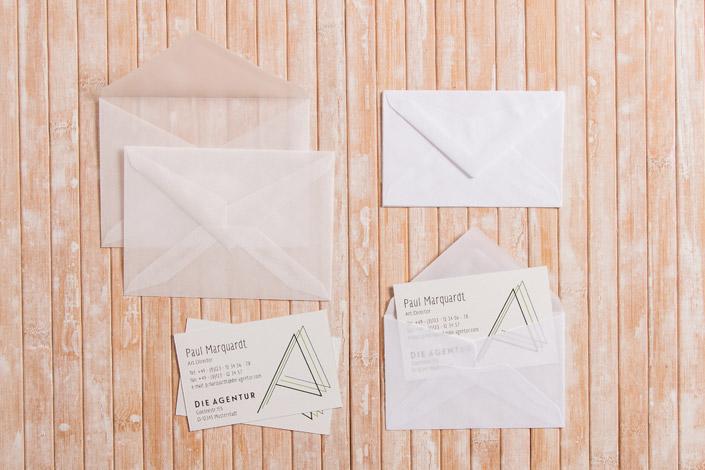 Briefumschläge im Format C7 und Mini Kuverts aus Transparentpapier mit passenden Visitenkarten