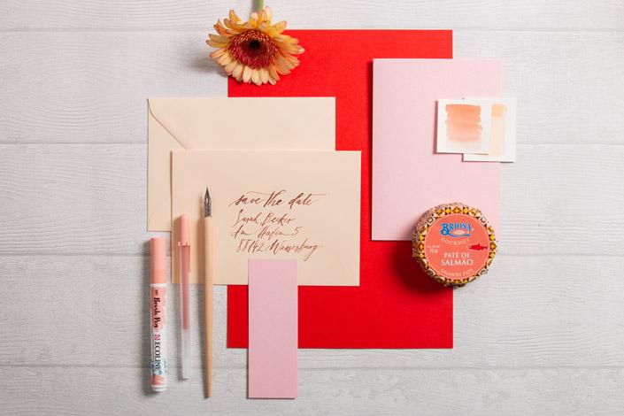 Briefumschläge Vanilla zu Colorplan Karten Candy PInk und hellrotem Papier