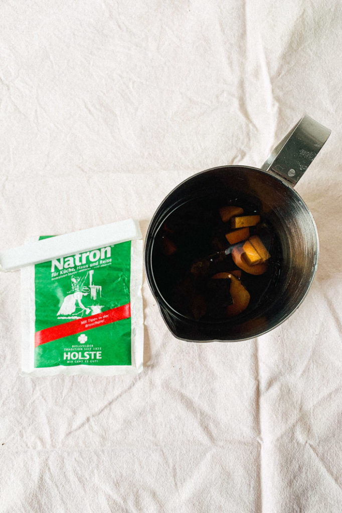 DIY Rezept: Kochtopf und Natron für selbst gmachte Avocado Tinte - Step 4
