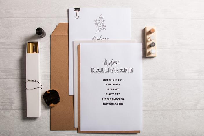 Muskat Kraftpapier Versandtaschen mit Kalligrafiepapier
