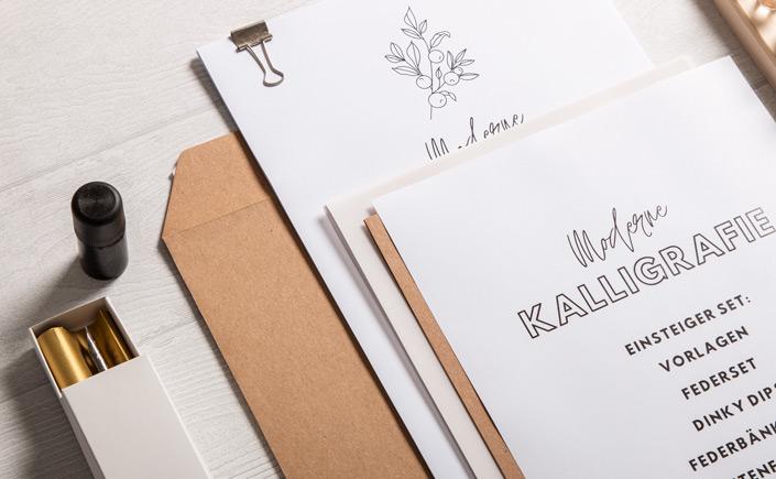Muskat Kraftpapier Versandtaschen DIN C4 mit Kalligrafiepapier