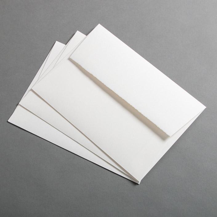 C5 Umschlag aus echtem Büttenpapier mit Haftklebung für kreative Einladungen
