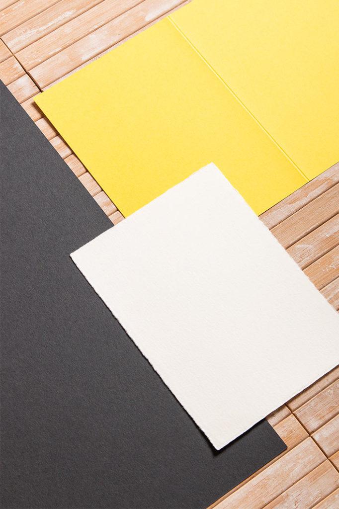 Detailaufnahme zweier DIN A6 Karten aus dem Papier Direkt Sortiment