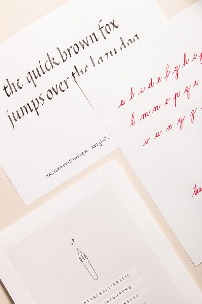 Kalligrafiepapier zum Arbeiten mit Kalligrafievorlagen