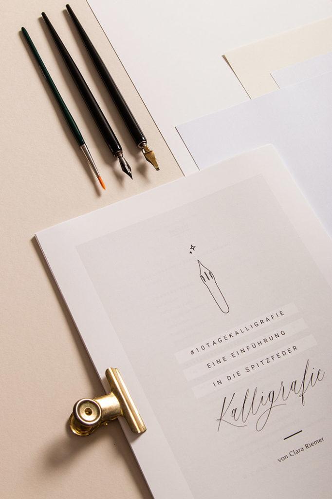 Kalligrafieguide für die Spitzfeder Kalligrafie von Clara Riemer