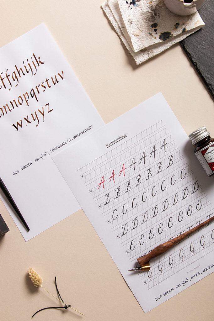 Kopierpapier DCP Green mit Kalligrafie Übungen