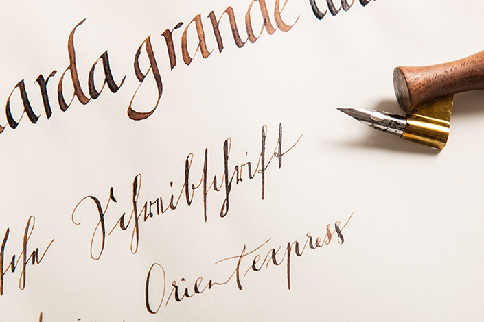 Moderne Kalligrafie, deutsche Schreibschrift und Bastarda grande llana