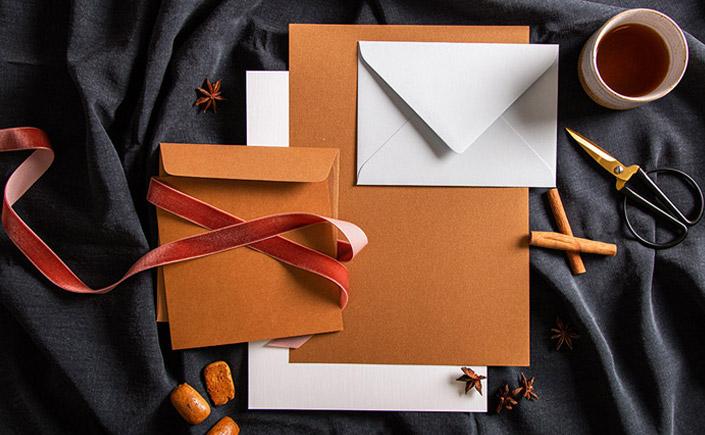 Papeterie aus der Reihe Color Palettes Fall mit Metallicspapier Cognac und Colorplan Eisblau