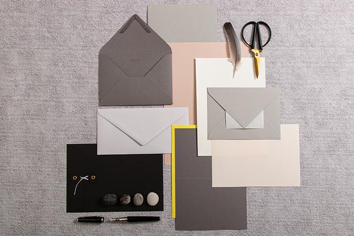 Papier Produkte passend zum Farbtrend Ultimate Gray