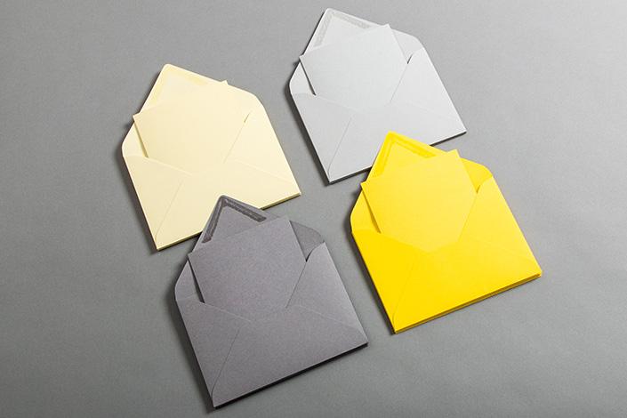 Klappkarten und passende Umschläge passend zu Ultimate Gray und Illuminating