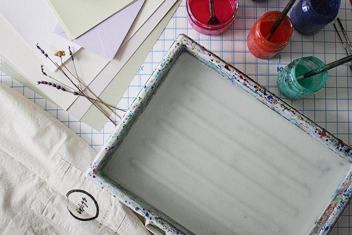 Marmorierbad und Zubehör zum Papier selbst marmorieren