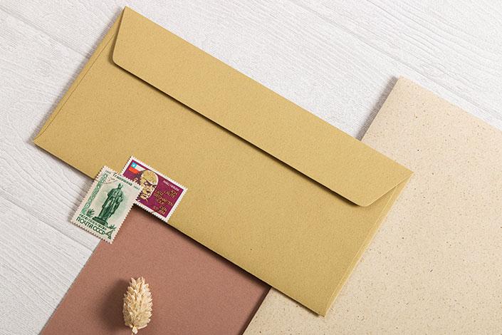 Graspapier mit Kombinationsbeispiel aus der Serie Crush in den Farben Almond und Olive