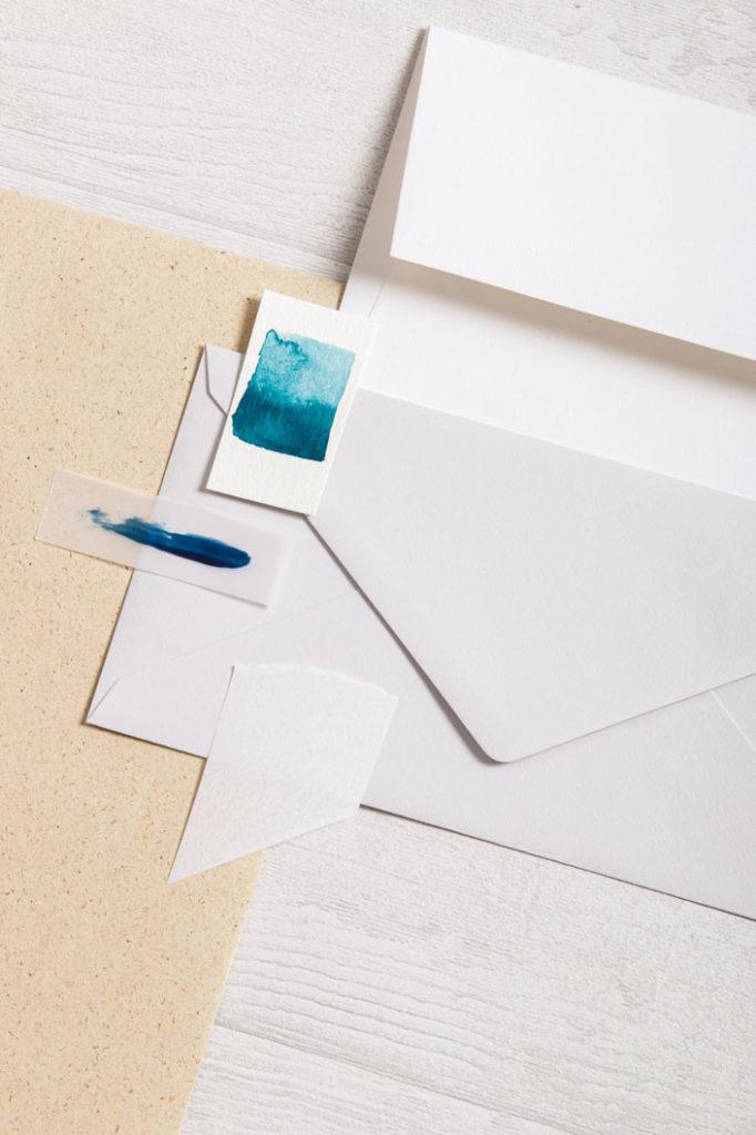 Graspapier mit verschiedenen Papieren aus der Colorplan Serie