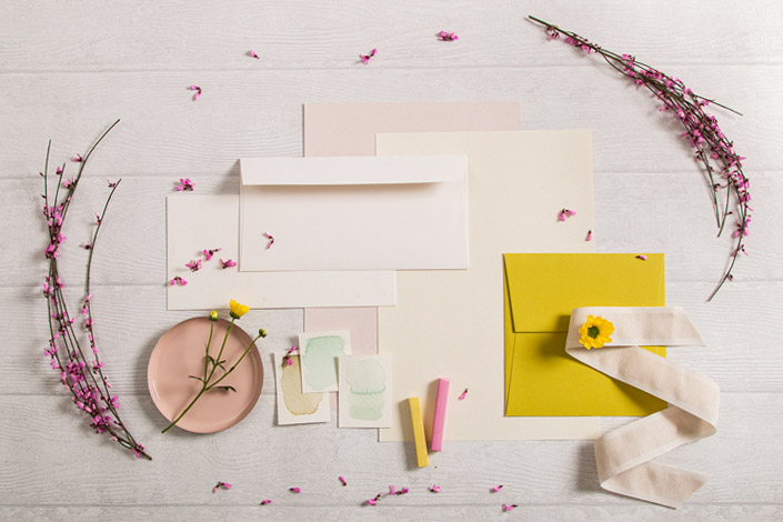 Color Palette Frühling als Papeterie Inspiration rund um das Feinpapier Crush Citrus