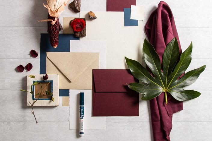 Kontrastreicher Papiermix mit Crush Citrus, Graspapier und Colorplan Claretorten