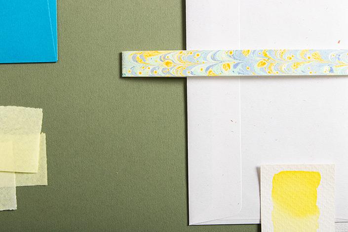 Detailfoto der sommerlichen Farbpalette um Colorplan Mid Green.
