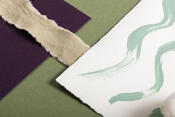 Detailfoto der Büttenkarte mit Kreul Naturfarben.